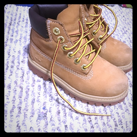 Shoes - Kids timberlands